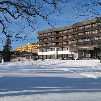 Magas -Tátra – Tatranské Matliare – Matlárháza – Hotel Hutník 2 **
